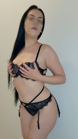 Elienne free sex ads, live escort