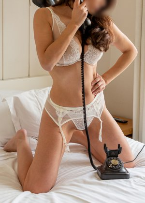 Amelle escort in Bourbonnais Illinois